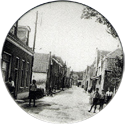 Groot-Ammers > Black & White 43-Street.