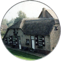 Groot-Ammers > Colour 48-Thatched-building.