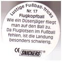 Snickers Lustige Fußball-tricks 17-Flugkopfball-(back).