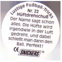 Snickers Lustige Fußball-tricks 22-Hüftdrehschuß-(back).